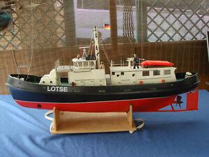 "Lotsenversetzboot ""WESTERRIFF"" v. robbe L: 1040mm, Breite 250mm, M 1:25"