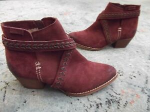 MTNG anthropology red distressed suede ankle boots Sz. 39 / 8