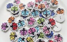 15 Bottoni in legno a forma di Coccinella in colori misti 17x15mm