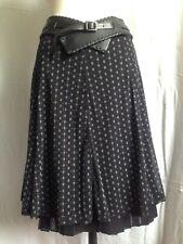 Très jolie jupe de Didier Parakian fond noir imprimé gris Taille 42 Neuve