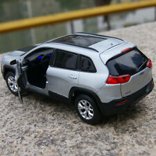 1:32 SUV Jeep Cherokee 2014 Model Cars Alloy Diecast Sound & Light Silver Toys