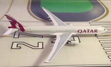 Qatar Airbus A330-302 A7-AEG 1/400 scale diecast Aeroclassics