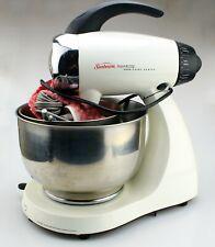 Sunbeam 2350 Heritage Series 350-Watt Stand Mixer White w/Bowls & Beaters