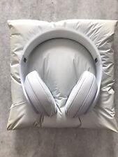 RARE Beats by Dre matte white Studio x Snarkitecture Headphones exclusive