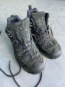 Mens Merrell Refuge Core Mid Waterproof Black Walking Shoe size UK 8 preowned