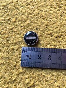 Momo Badge