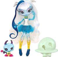 Novi Stars Doll Una Verse - NEW in BOX - MGA Entertainment