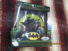 DC Universe Classics BATMAN & ROBIN BLUE VARIANT 2 PACK BOX SET W/ DIORAMA dcuc