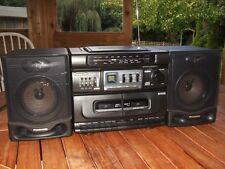 Panasonic RX-DT530. Retro Boombox. funciona/suena genial. altavoces desmontable.