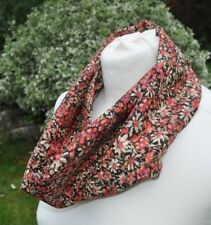 Infinity Scarf in Liberty Tana Lawn cotton 'Eleonora' red black meadow flowers