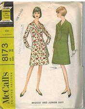 8173 Vintage McCalls Sewing Pattern Misses Suit Single Breasted Jacket Skirt 12