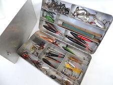 Grandi LEGA filatura esca da pesca box + contenuto.. MINNOWS, Hardy, Abu, Mepps.