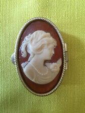 VINTAGE VICTORIAN STYLE CAMEO MINIATURE PILL TRINKET BOX CONTAINER