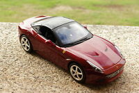 FERRARI CALIFORNIA T ( CLOSED TOP ) 1 / 18 - MAISTO - DIE-CAST METAL MODEL 1:18