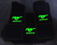 Autoteppich Fußmatten Kofferraum Set für Ford Mustang Cabrio sw-neongrün 94-2004