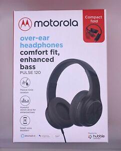 Motorola Pulse 120 over-ear headphones black and white.