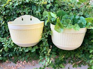 Kasamodern Celio Self-watering Wall Hanging Planter Pot Planter Basket