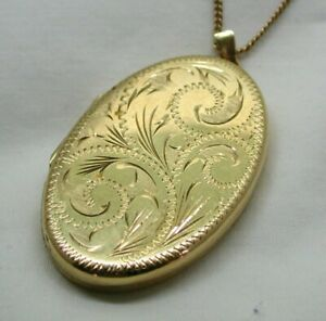 1980's Vintage Lovely Large 9 Carat Gold Engraved Locket And Chain