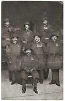 Tower of London, England vintage Postcard - Group of Yeoman of the Guard
