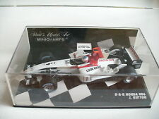 Minichamps Formula 1 B-A-R Honda 006 J. Button in white/Black on 1:43 in Box