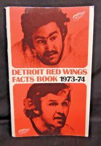 Vintage 1974 NHL NATIONAL HOCKEY LEAGUE DETROIT RED WINGS MEDIA GUIDE YEARBOOK