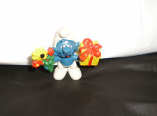 Vintage Smurf holding Flowers and Present Figure 1978 Peyo Schleich Hong Kong
