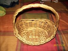 WICKER BASKET  HOME DECOR OR STORAGE GOLDISH W GLITTER AND HANDLE
