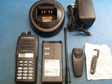 Motorola HT1250 LS+ UHF 403-470 32 Channel Conventional Full DTMF Keypad TESTED