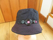 MONSOON ACCESSORIZE BLACK WITH PINK STITCHING AND SHINY BUTTONS SUNHAT 57CM  NEW