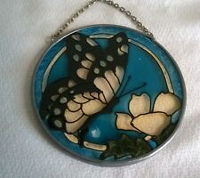 SMALL ROUND SUNCATCHER STAINED GLASS WITH BUTTERFLY AND FLOWER, CHAIN TO HANG