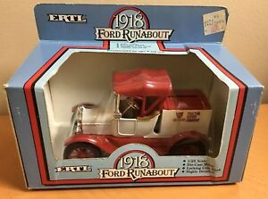 Ertl 1918 Ford Runabout DieCast Metal Bank 1/24 Scale Tractor Supply Company NOS