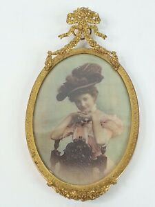 Antique Miniature Bubble Glass French Ormolu Oval Picture Frame Bows w/ Print