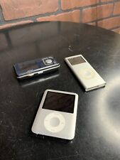 Lot Of Broken Ipods & Mp3 Players As Is Do Not Work