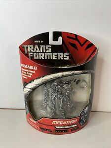 ** Transformers Posable Keychain Barricade Action Figure