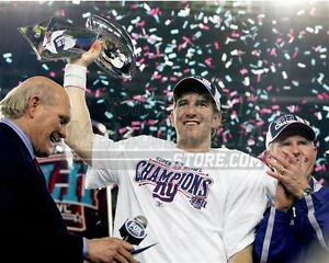 Eli Manning New York Giants with Super Bowl trophy  8x10 11x14 16x20 photo 772