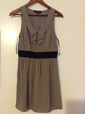 Forever 21 XXI beige tan dress M Medium ruffles brown mini stretch black waist