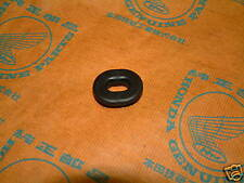 Honda XR 75 80 100 185 200 250 350 500 600 650 rubber grommet side cover