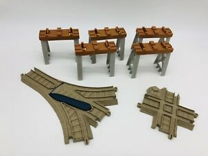 THOMAS & FRIENDS TRACKMASTER CROSS, SWITCH & STACK TRACK PACK parts Train Tracks