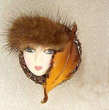 LADY HEAD woman FACE Porcelain-Look Resin pin brooch Figural Flapper Mink Hat