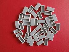 // lego 40 gris claro 1x2 tachas azulejos nuevo //