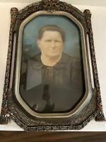 Atq Vintage Oval Frame Convex Bubble Glass Older Lady Photograph Decor 20s 30s