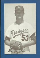 1947-66 Exhibits Don Drysdale (glove)  HOF L.A. Dodgers NM  Additional ship free