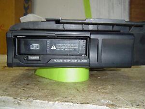 1999 Lincoln Navigator 6 disc CD Changer/player
