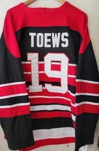 NWT Jonathan Toews Chicago Blackhawks Throwback Jersey - Sweater #19 Size XL