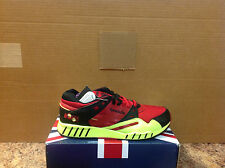 REEBOK SOLE-TRAINER style#381625 men's size US10-VERY BRIGHT!!