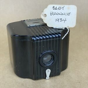 Kodak Baby Brownie 1934 Bakelite Box Camera
