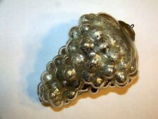 Antique Silver Grape Cluster Kugal