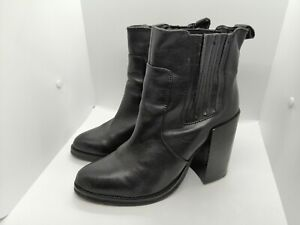 New Look UK 8 Chunky Block Heel Chelsea Boots Black Leather