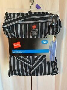 Hanes Men's Size 2XL 50-52 Black Grey Plaid Woven Pajama Set L/S Sleepwear NWT