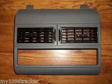 88-94 CHEVY GMC PICKUP TRUCK CENTER DASH TRIM SILVERADO SUBURBAN SIERRA 1500 C/K